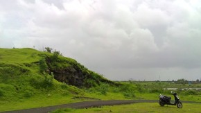 Colaba-Point-Rainy-Season-Greenery