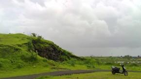 Colaba-Point-Rainy-Season-Greenery